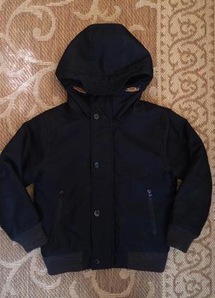 Крутая черная куртка next на 6 лет, 116 см