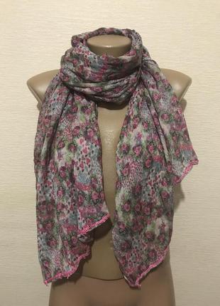 Суперский шарф палантин в романтичный цветочный принт 160*67 см.