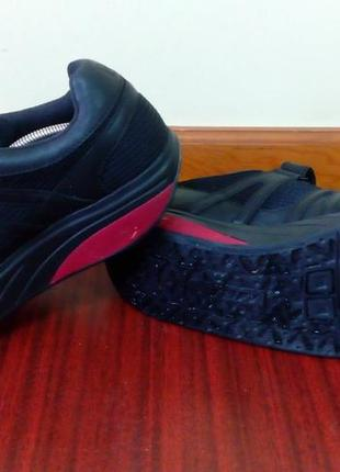 2dbb873b ... Эффектные комбинированные черные кожаные кроссовки mbt швейцария 41 р.2  фото ...