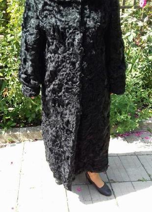 Довга чорна шуба із козлика1 фото