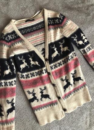 Нереально тёплая шерстяная кофта с оленями