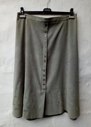 Красивая оливкавая юбка с вышевкой,пояс резинка,пуговки,большой размер,кэжуал,батл.