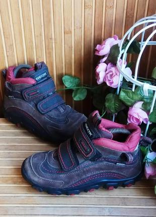 Демисезонные ботинки от geox 32p