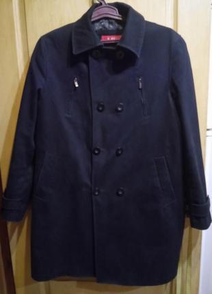 Стильное мужское пальто плащ liv