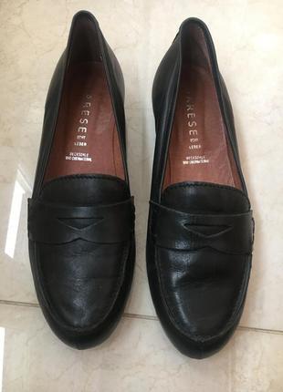 Кожаные лоферы, туфли