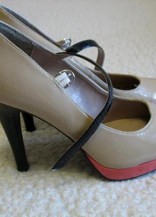 Туфли на каблуке new look