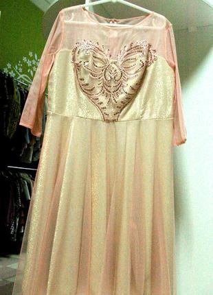 Очень нарядное, торжественное платье принцессы 52-54