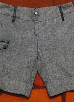 Модные теплые шорты