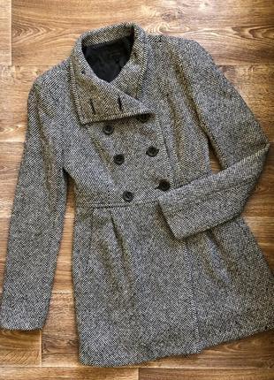 Срочно! торг;) пальто шерстяное твидовое stradivarius серое размер s/m