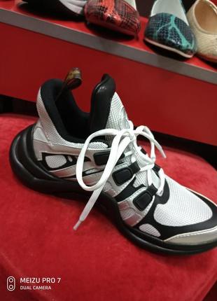 Красовки кросівки