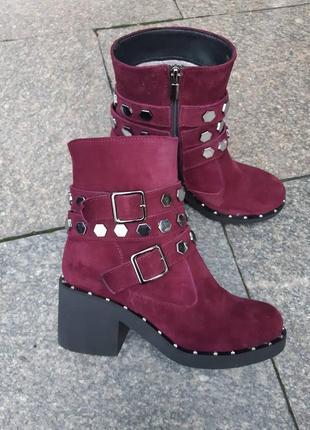 Зимние ботинки натуральный замш