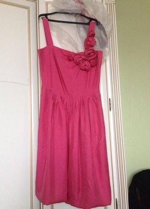 Малиновое шёлковое коктейльное платье