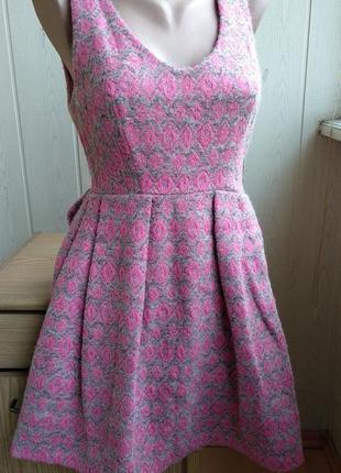 Платье из ткани missoni