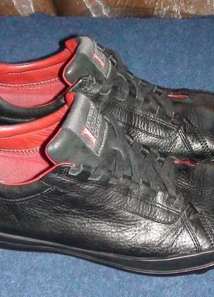 Camper - шкіряні кросівки. р - 44 (29см)