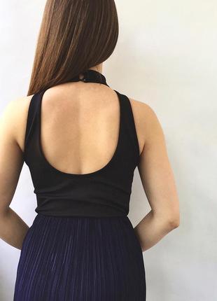 Черный боди с красивой спиной