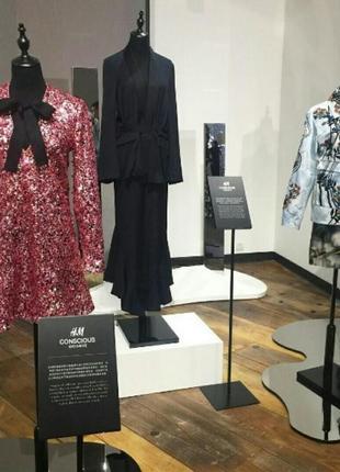 Платье h&m conscious.размер34(xs)и 38(м)3