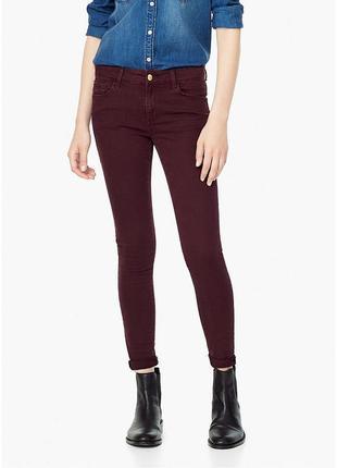 Бордовые джинсы mango