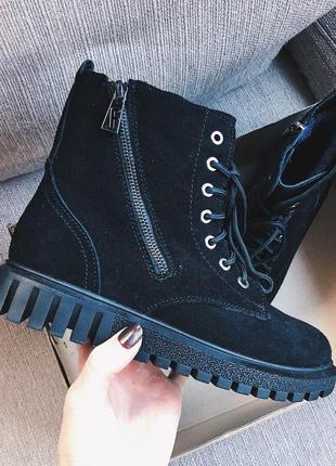 Женские ботинки со шнуровкой, на меху