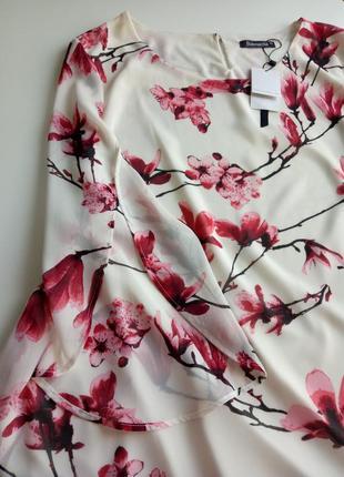 Размер 24. шикарная нарядная блуза в цветочный принт