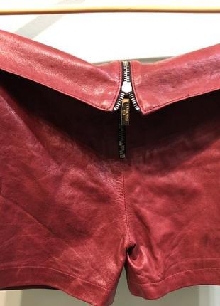 Шикарные кожаные шорты итальянского бренда!!! размер ит. 42!
