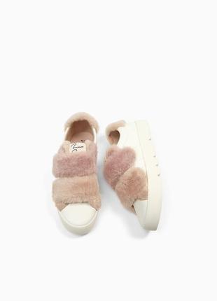 Кеды, кроссовки с отделкой из меха от zara