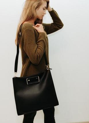 Женская сумка zuiki, италия, последняя скидка!!!!! отличная вместительная сумка!