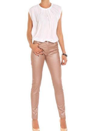 Скинни брюки mohito с жемчужным напылением