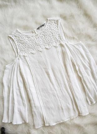 Ніжна біла блузка з кружевом 100% віскоза
