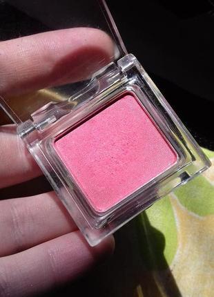 Необычные сдержанные спресованные розовые тени для глаз marks spencer