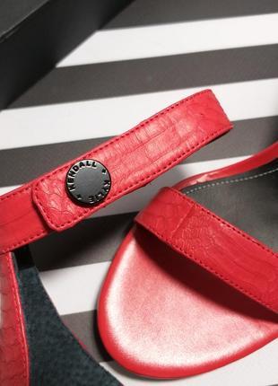 Кожаные босоножки kendall + kylie оригинал на шпильке бренд из сша3