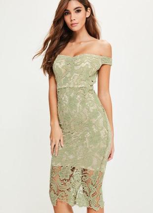 Очень красивое платье с кружевом
