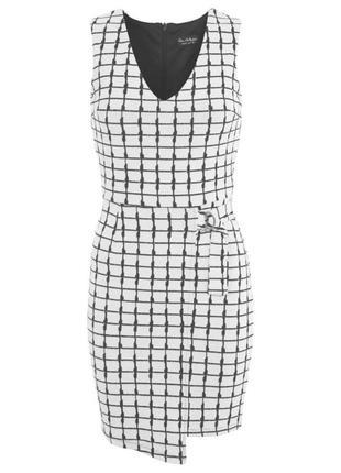 Стильное платье miss selfridge