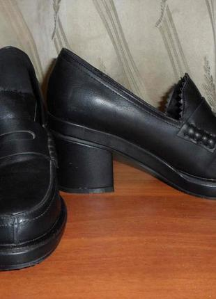 Туфли осенние  новые 37 размер 24, 5 см  - эко кожа