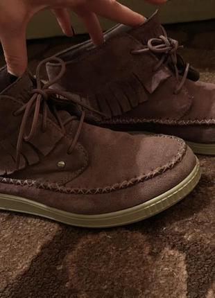 Отличные замшевые ботиночки