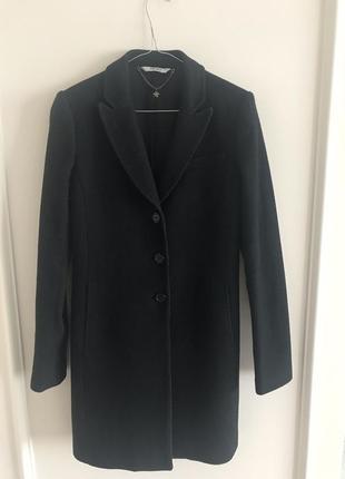 Классическое чёрное пальто lui jo