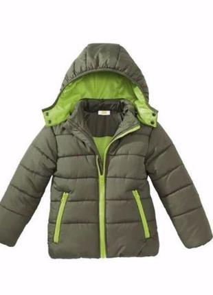 Демисезонная куртка для мальчика. 104