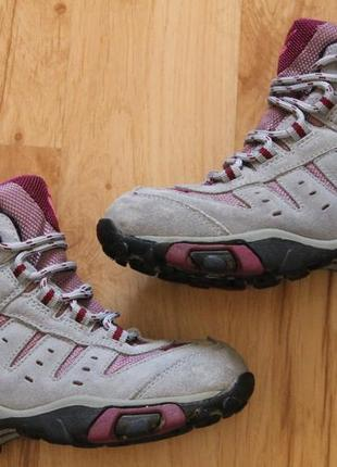 Ботинки jack wolfskin, размер 28