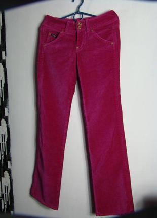 Велюровые джинсы guess для яркой весны оригинал