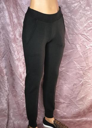 Black спортивные трикотажные брюки штаны ido by miniconf