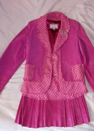 Кожаный костюм, юбка и пиджак