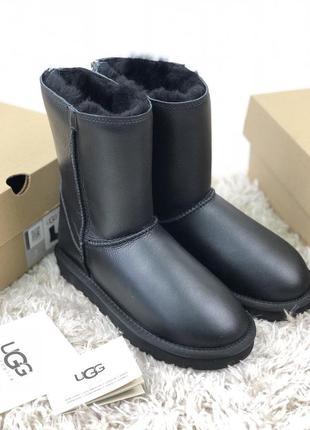 Женские угги  ugg australia classic short zip metallic black