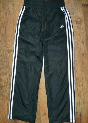 Модные спортивные штаны с лампасами adidas 4-6р.