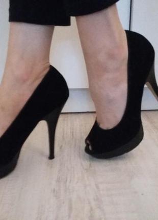 Туфли на каблуке на шпильке