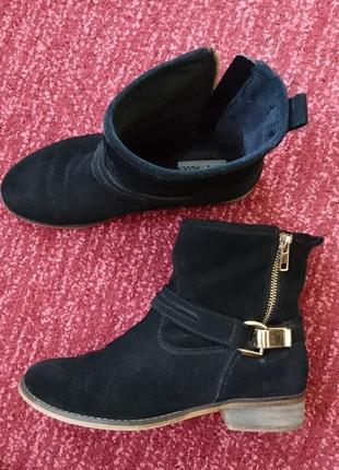 Фирменные ботиночки, стелька 23,5 см