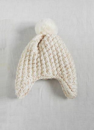 Вязаная теплая зимняя шапка на флисе с бубоном с помпоном