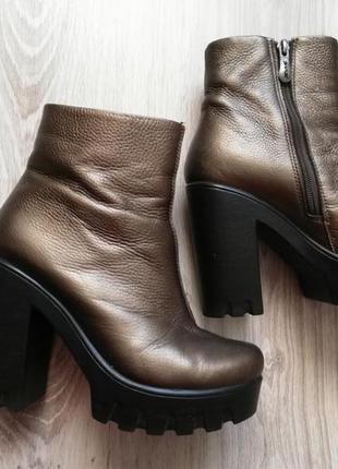 Очень удобные модные ботинки на осень и на весну