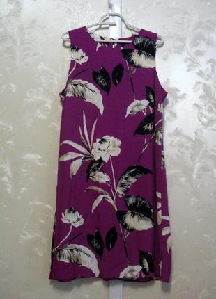 Вискозное платье прямого силуэта с узором в цветы f&f