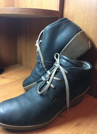 Женские ботиночки ecco