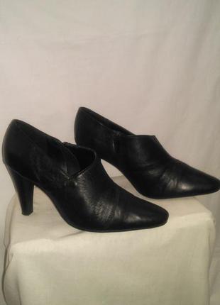 Очень классные осенние нарядные  туфли