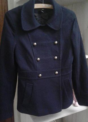 Стильное, короткое, шерстяное пальто h&m 36 р.